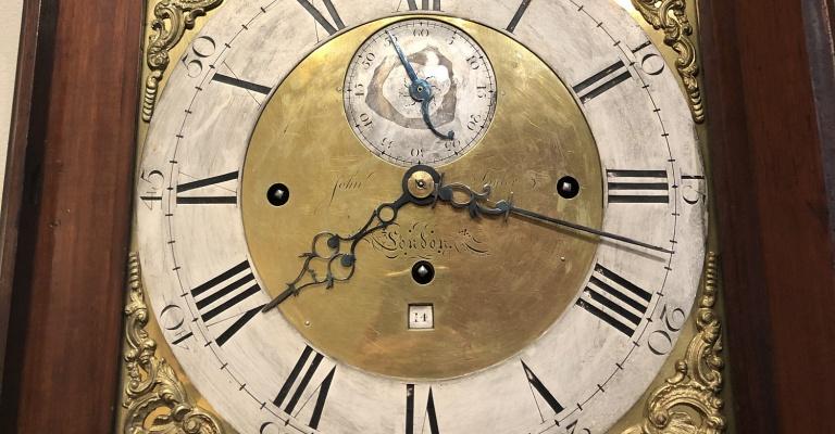 Konserwacja zegarów rozpoczęta